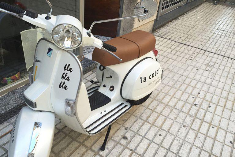 Moto La Cotorra