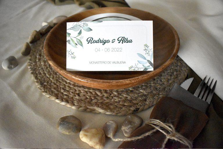 Tarjeta en mesa de boda